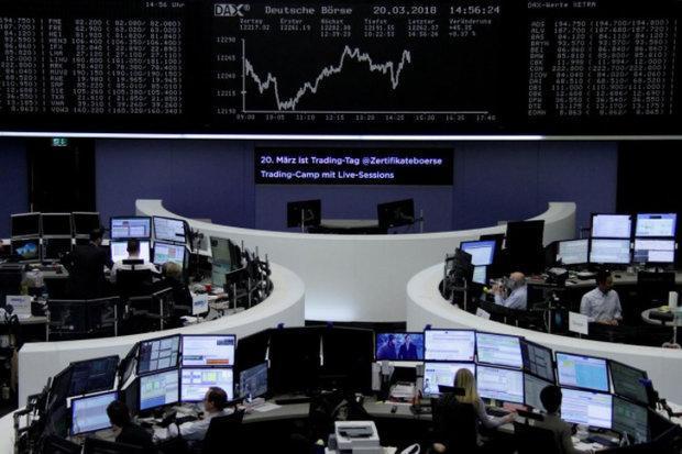 واکنش بازار به فساد مالی دو مشاور سابق ترامپ، افت بازار سهام