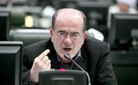 لاهوتی: دولت و مجلس پس از جلسه سوال از رییس جمهور وارد گفت وگو شوند