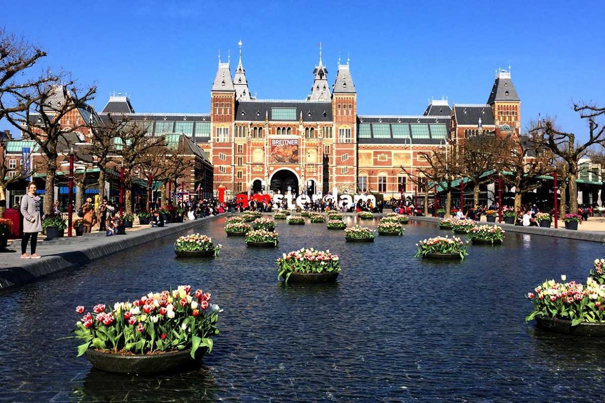 آشنایی با جاذبه های آمستردام: موزه Rijksmuseum