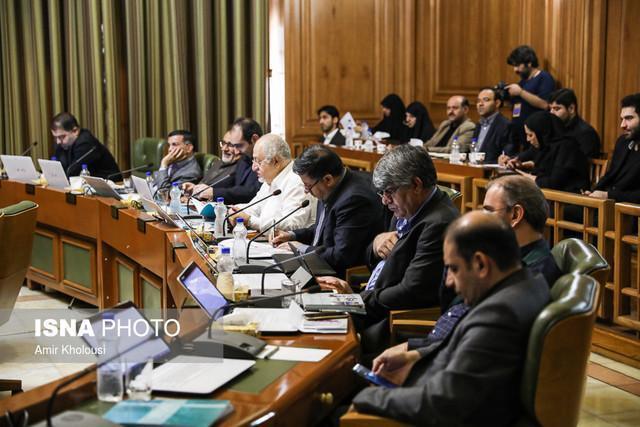 از عدم دسترسی اعضای شورا به اطلاعات شهرداری تا رفتن بازنشستگان از شهرداری