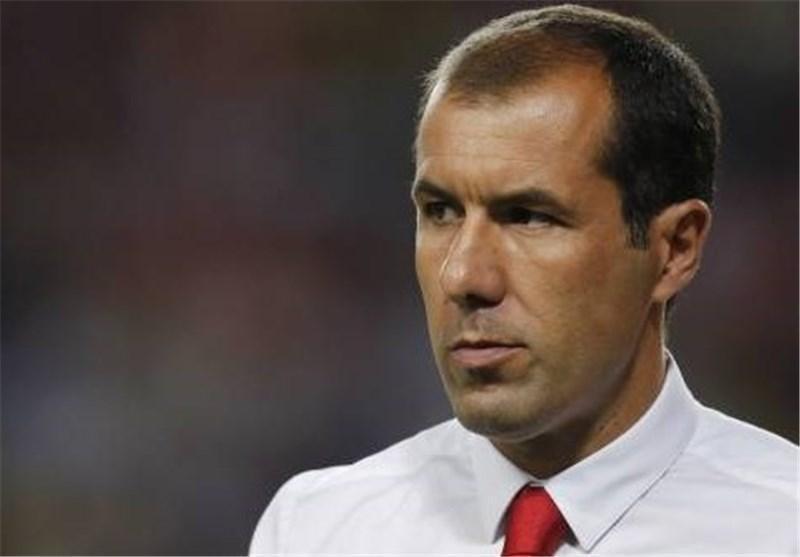 فوتبال دنیا، لئوناردو ژاردیم از موناکو اخراج شد، تیری آنری در یکقدمی نیمکت استاده لوئی
