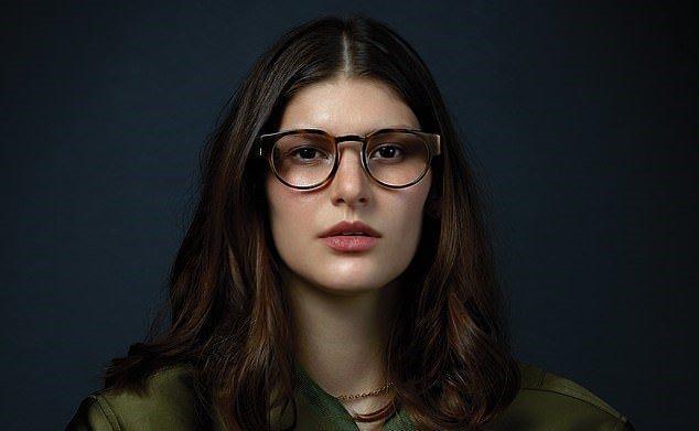 عینک هوشمند 1000 دلاری که پیامک ها را روی شیشه عینک نشان می دهد ، عکس