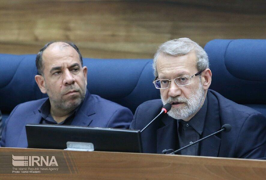 خبرنگاران رئیس مجلس: دلال ها مانع رسیدن کالاهای اساسی به مردم شده اند