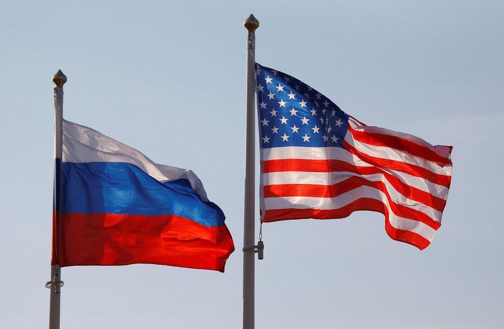 سفیر آمریکا درباره تصمیم کشورش برای استقرار موشک در اروپا شرح داد