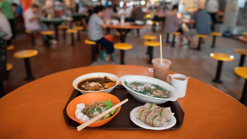 شکم گردی در خیابان های سنگاپور