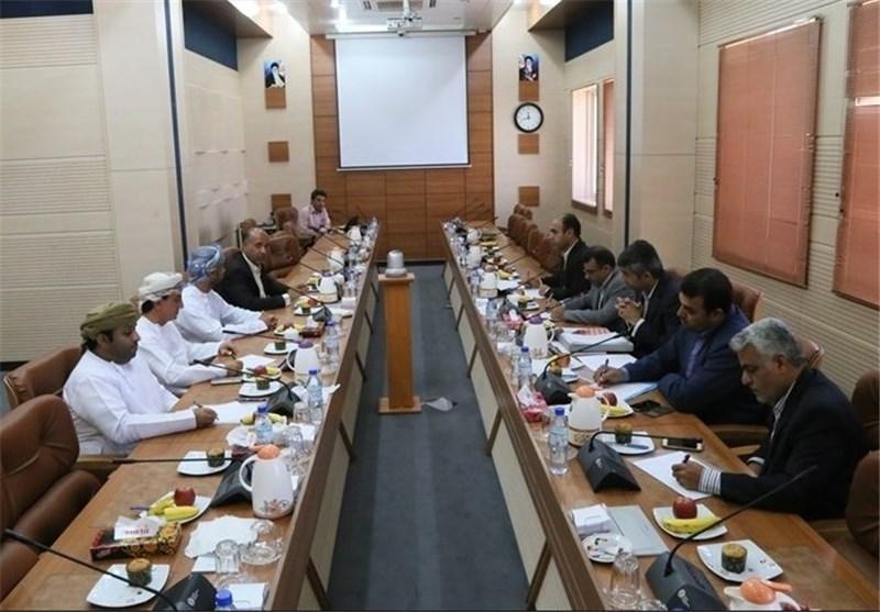 پیگیری اجرای 3 تفاهم نامه منعقد شده بین استان های هرمزگان و مسندم عمان