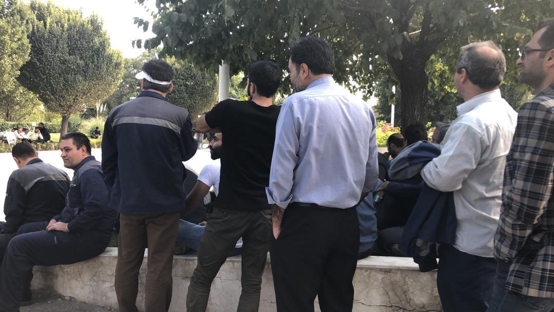 مشخص تکلیف مدیریت و سهامدارو پرداخت حقوق خواسته کارگران آذرآب