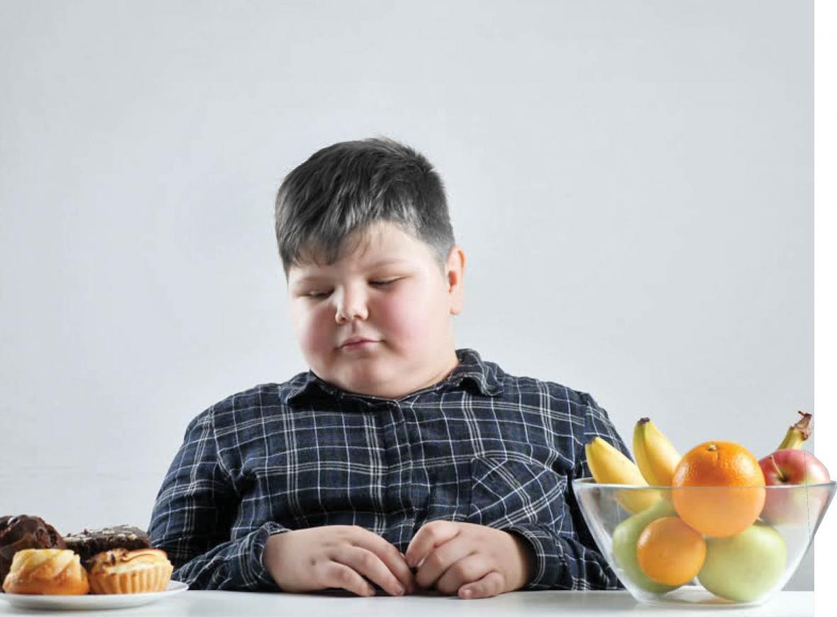 چاقی مفرط در بین بچه ها 10 تا 11 سال