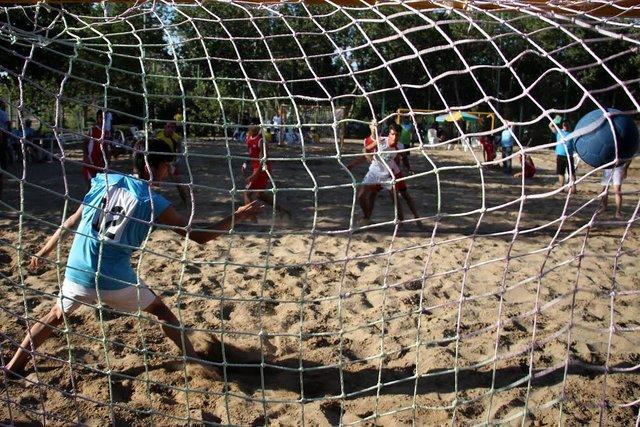 شروع اردوی تیم هندبال ساحلی کشورمان در بندرعباس