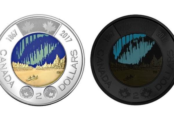 این سکه پول در تاریکی می درخشد