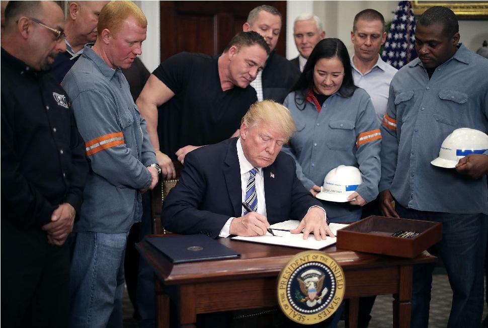 آمریکا تعرفه جنجالی واردات را از هفته آینده اعمال می کند
