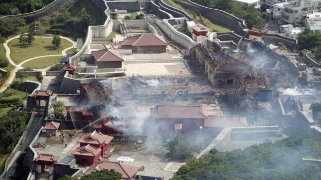 آتش در قلعه تاریخی شوری ، میراث جهانی 600 ساله ژاپن نابود شد