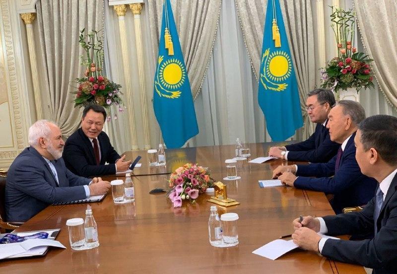 ملاقات ظریف با رهبر قزاقستان