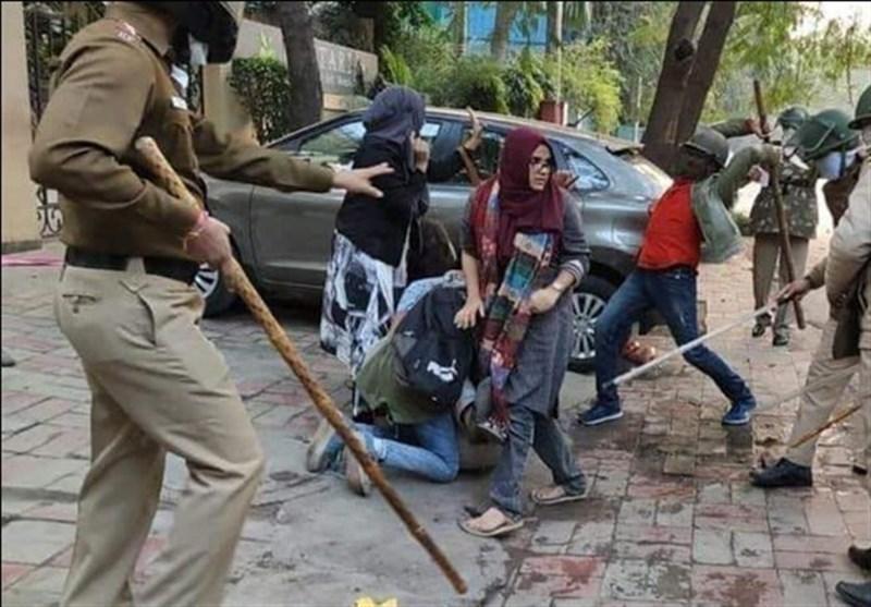 گزارش لحظه به لحظه از اعتراضات مسلمانان هند؛ از بازداشت 5 هزار نفر تا افزایش تعداد کشته ها به 30 نفر
