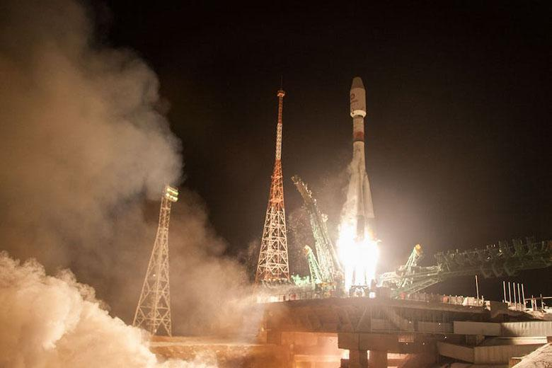برای راه اندازی اینترنت پرسرعت ماهواره ای، شرکت وان وب 34 ماهواره را با موفقیت به مدار زمین پرتاب کرد