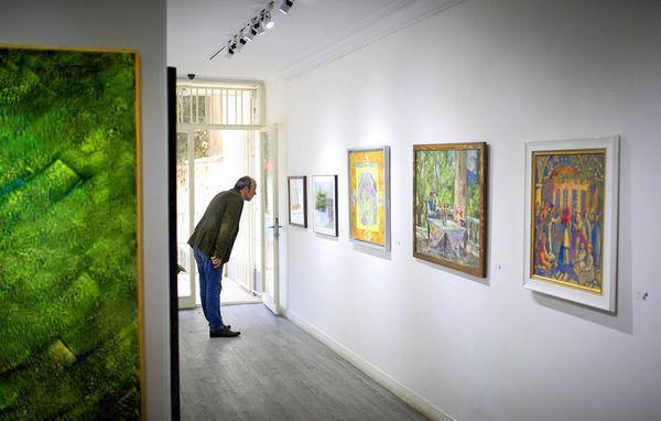 اعتماد میزبان آثار مثقالی می گردد، اتفاقات محاسبه شده از دیدگاه یک نقاش