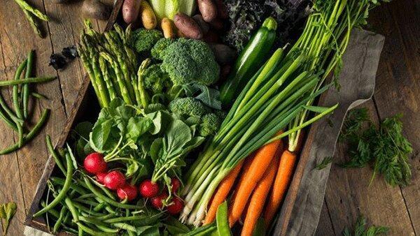 نکاتی برای شست وشوی میوه و سبزی در پی شیوع کرونا