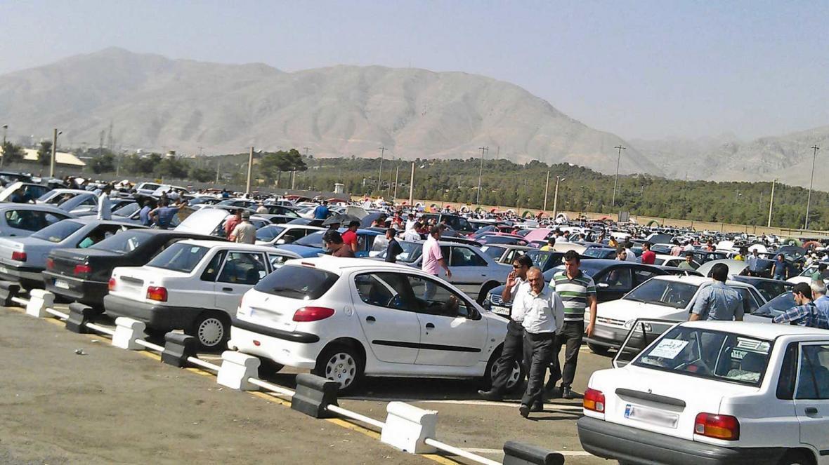 قیمت روز خودرو شنبه 24 ، 12، 98 ، نوسانات در بازار خودروهای داخلی و خارجی