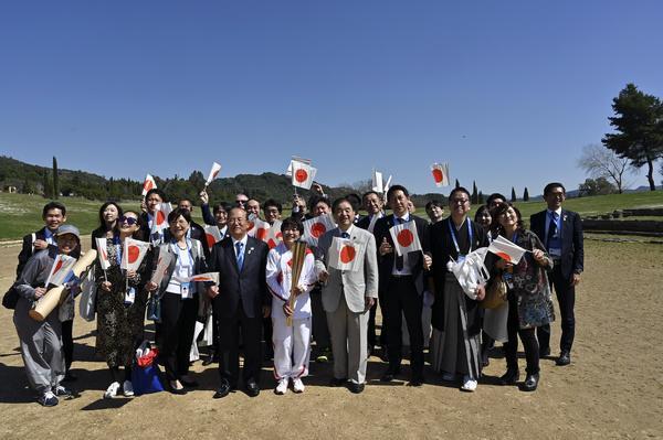 تحویل مشعل المپیک به کشور میزبان پشت در های بسته