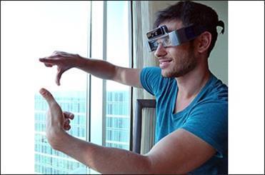 رایانه پوشیدنی سنگین و سه بعدی برای رقابت با عینک گوگل