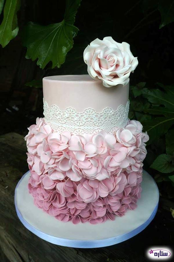 نحوه پوشاندن سطح کیک با خمیر فوندانت