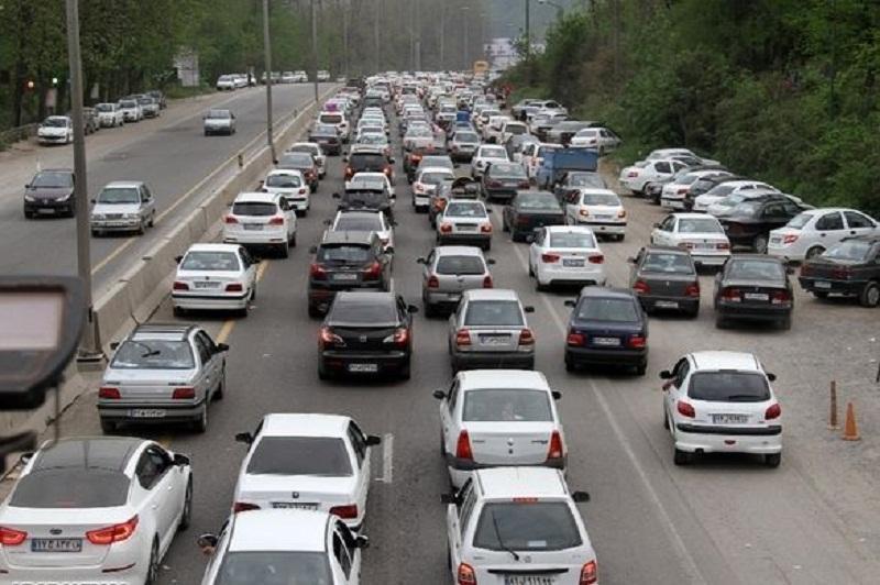 انسداد 20 جاده به دلیل نبود ایمنی و سیلاب، محور کندوان تا 14 فروردین مسدود است