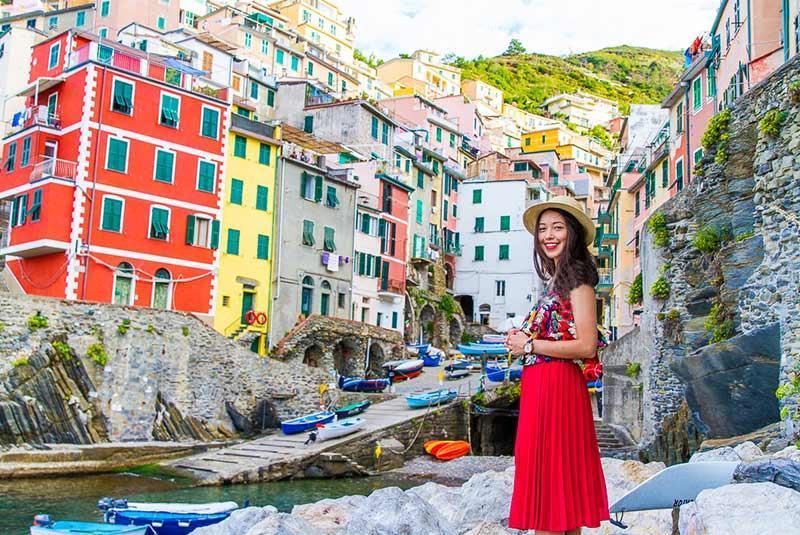 آشنایی با محله های رنگارنگ دنیا