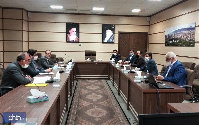 آنالیز راهکارهای حمایتی مالیاتی برای صنوف گردشگری در آذربایجان شرقی