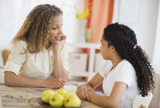 چگونه با فرزندان درباره کرونا صحبت کنیم؟