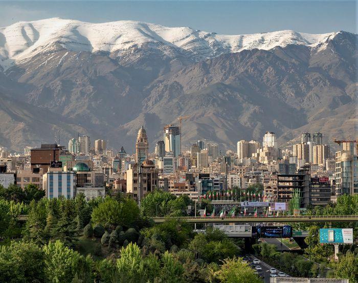 خبرنگاران موافقت با طرح اصلاحی خیابان کاج منطقه 7 پایتخت