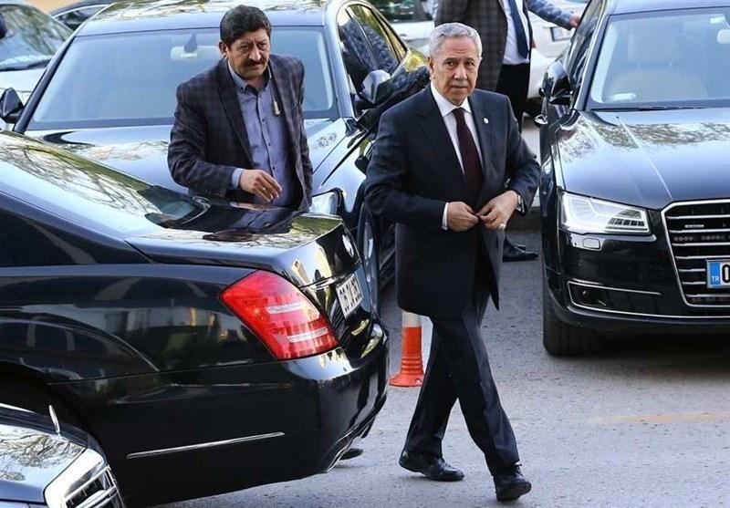 گزارش، نقدها مشاور عالی اردوغان از سیاست های وی و بازتاب های آن