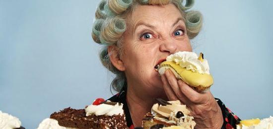 مقابله با هوس خوردن شیرینی در ایام قرنطینه خانگی