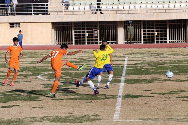 خبرنگاران تیم فوتبال یزدلوله بدون محروم به مصاف شوش خوزستان می رود