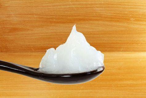 نقش ژله پترولیوم در محافظت و آبرسانی عمیق پوست