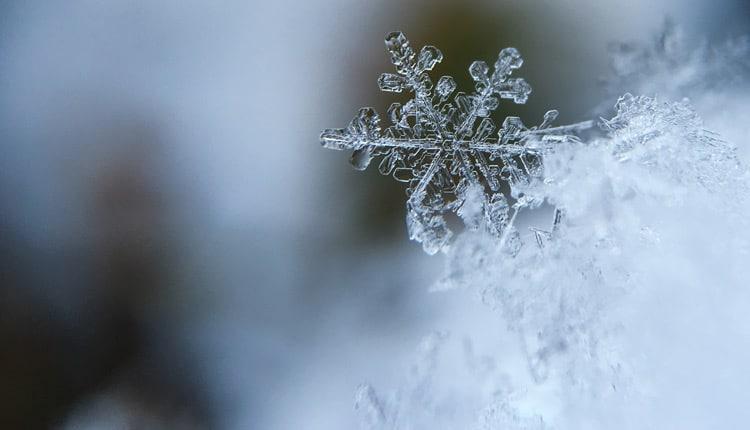 تعبیر خواب برف - معنی دیدن برف در خواب چیست؟