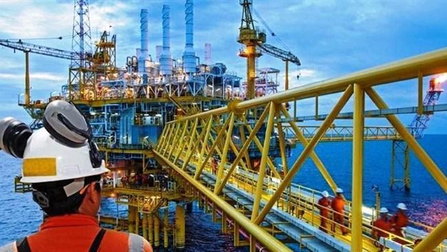 چگونه حیات و پیشرفت صنعت نفت جهان در آینده ادامه می یابد؟