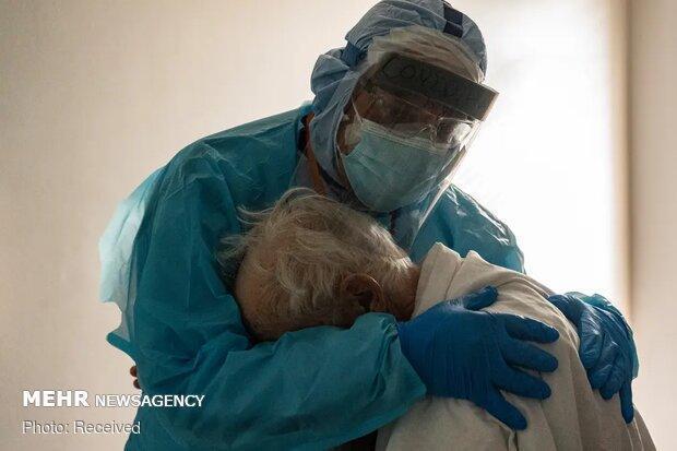 آمار قربانیان آمریکایی کرونا به مرز 288 هزار نفر نزدیک می شود