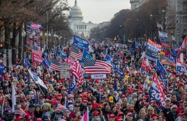 خبرنگاران امید ترامپ به گروههای تندرو برای تداوم مبارزه انتخاباتی