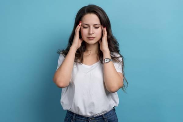 علت گردن درد و درمان آن با ادویه ای خوشبو