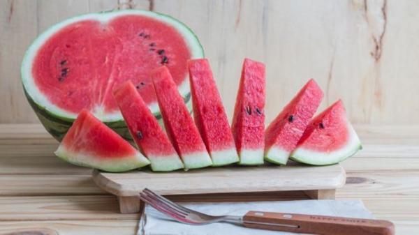 فواید آب هندوانه در فصل گرما