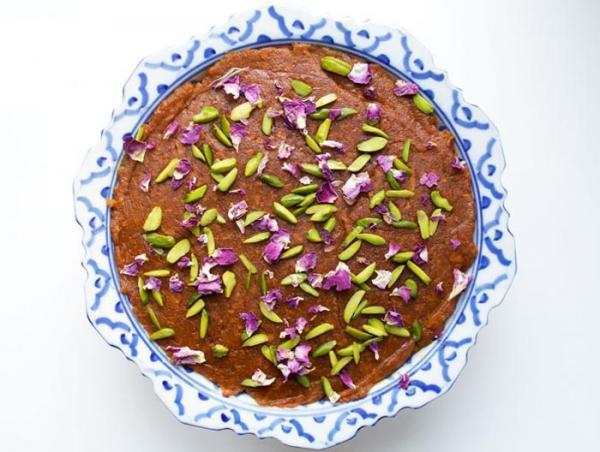 طرز تهیه حلوا عربی با شیر خشک