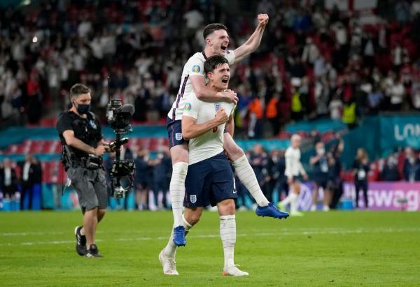 با کسب 5 برد و یک مساوی، 10 گل زده و 1 گل خورده؛ انگلیس برای اولین بار به فینال یورو رسید